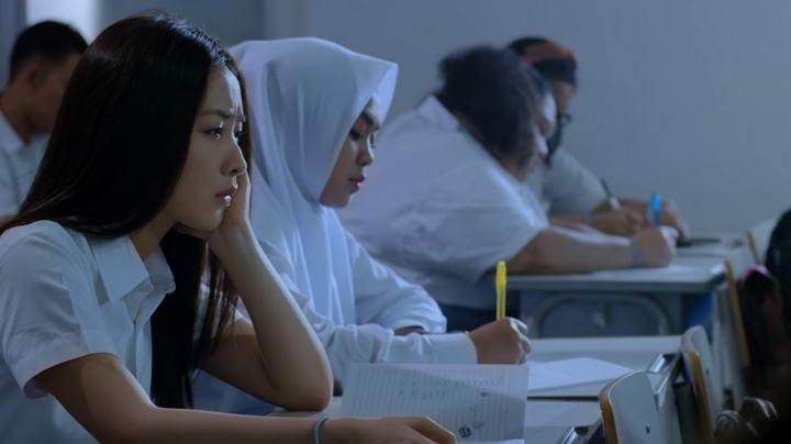 film indonesia terbaru 2021 disney+ hotstar aku tahu kapan kamu mati